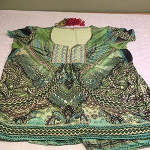 One world 2x green black tunic top blouse